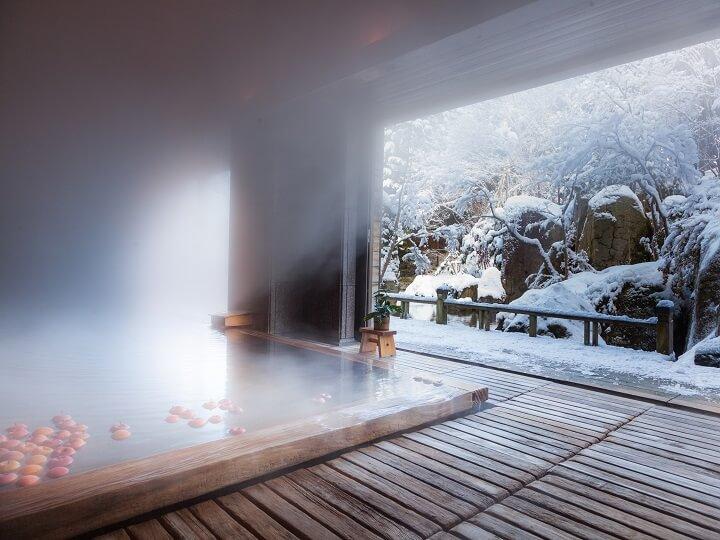 【界 津軽】雪見風呂 720×540