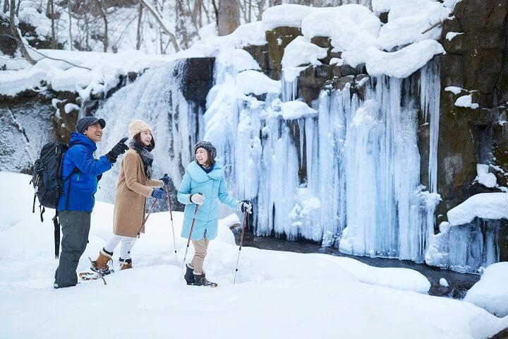 【奥入瀬】氷瀑スノーシューツアー (2)