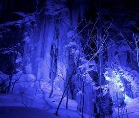冬の本番 奥入瀬渓流 神秘の夜へ