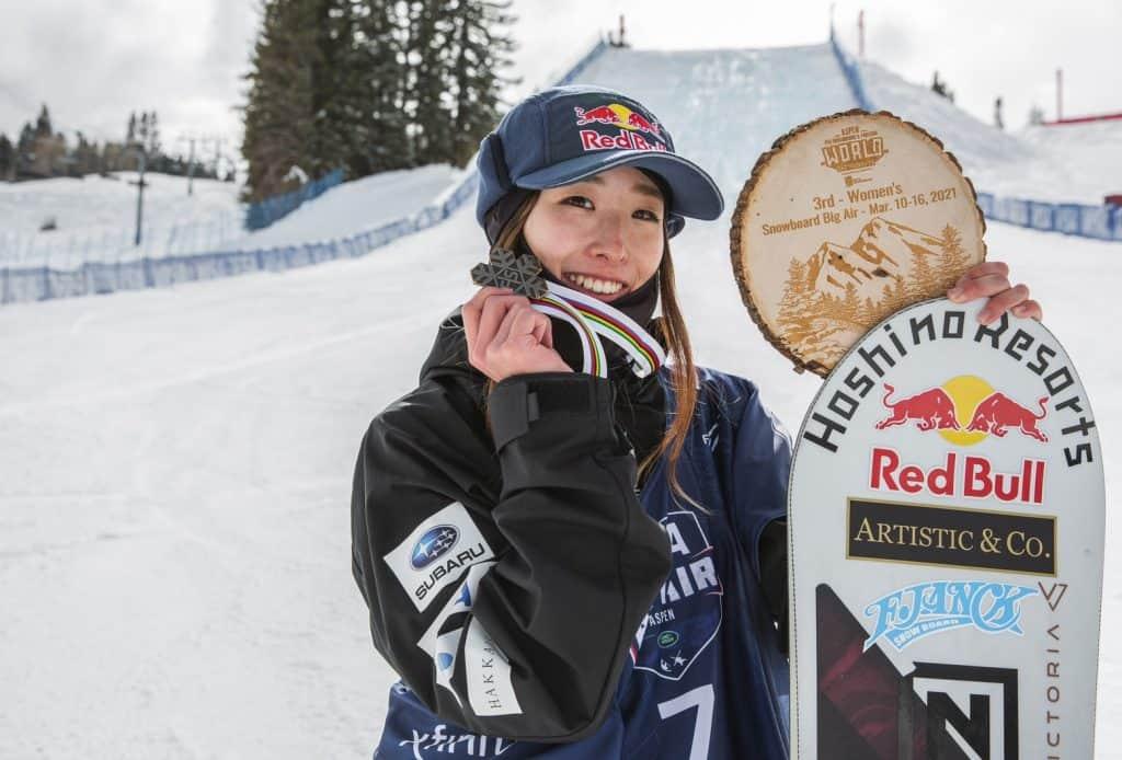 星野リゾート所属 鬼塚 雅選手がFISスノーボード世界選手権女子ビッグエアで銅メダルを獲得~同種目で...